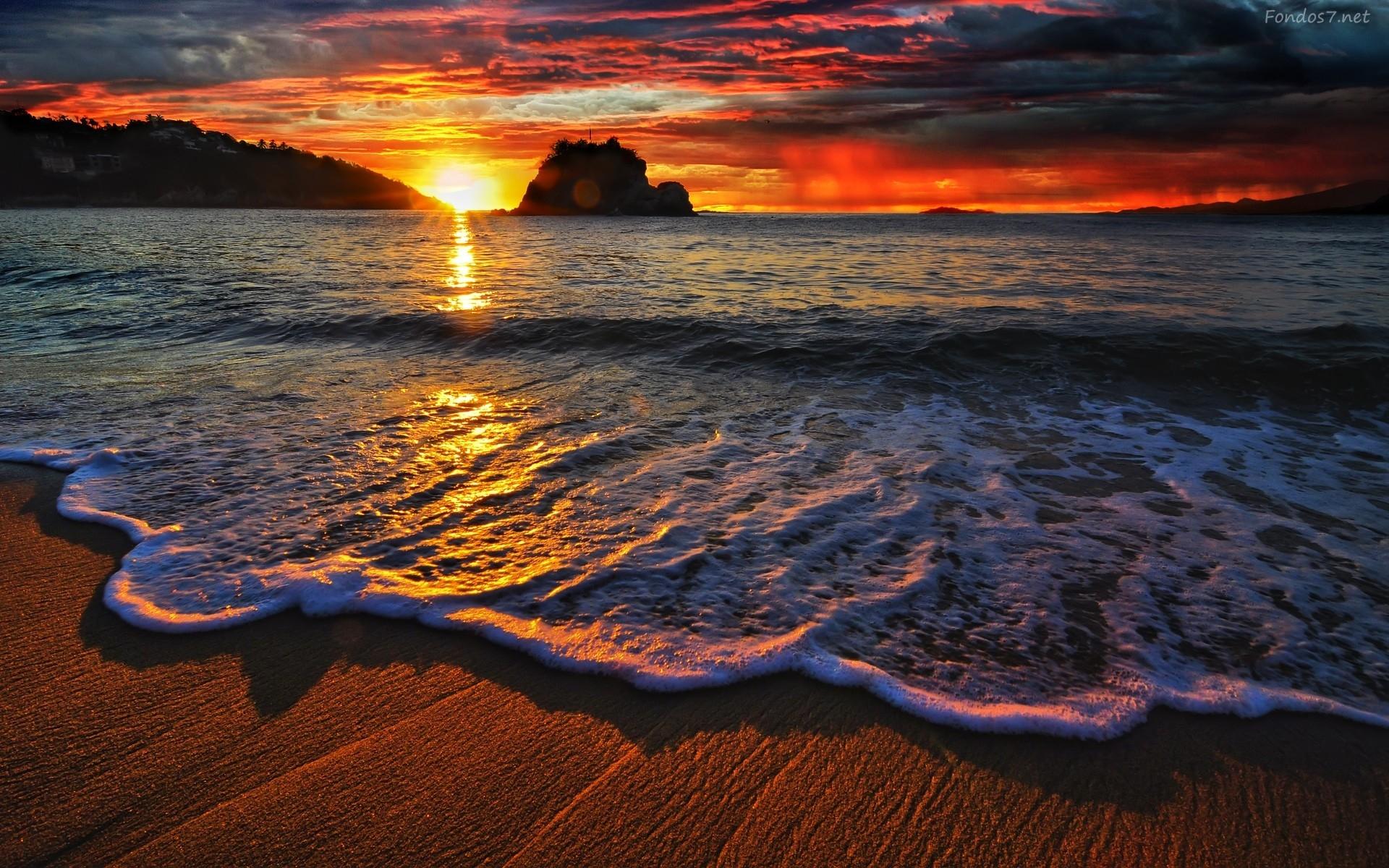 puesta-de-sol-en-playa-4237